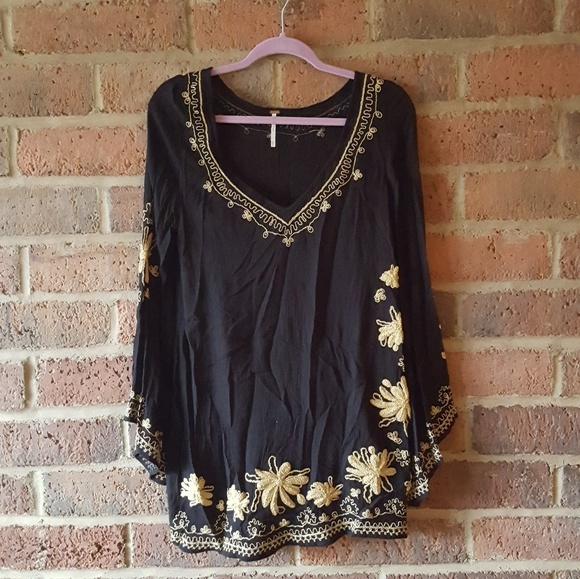 Free People Dresses & Skirts - FREE PEOPLE Skyfall Black Embroidered Tunic Dress